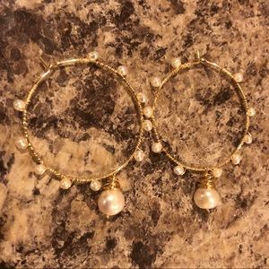 Cultured Pearl Wire hoops
